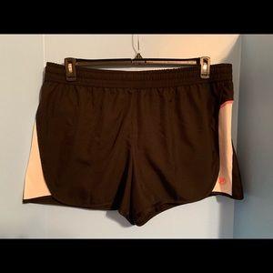 Fila Women's Black Running/Work Out Shorts Size 1X